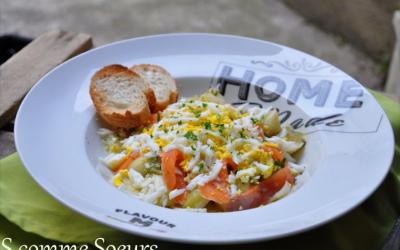 Salade de Poireaux tièdes à la truite fumée, œuf Mimosa